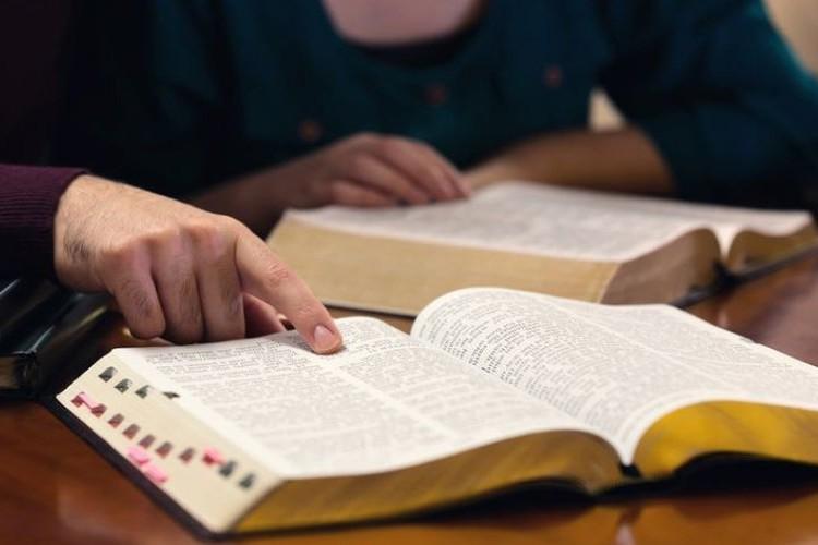 Sofre de ansiedade? Então você precisa conhecer o conselho mais repetido na Bíblia