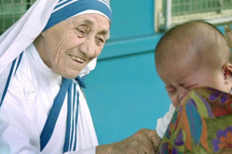 O conselho de Madre Teresa para celebrarmos bem o Natal