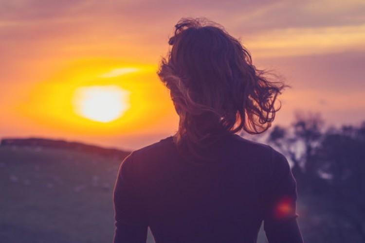 Por que a espiritualidade nos torna mais humanos?