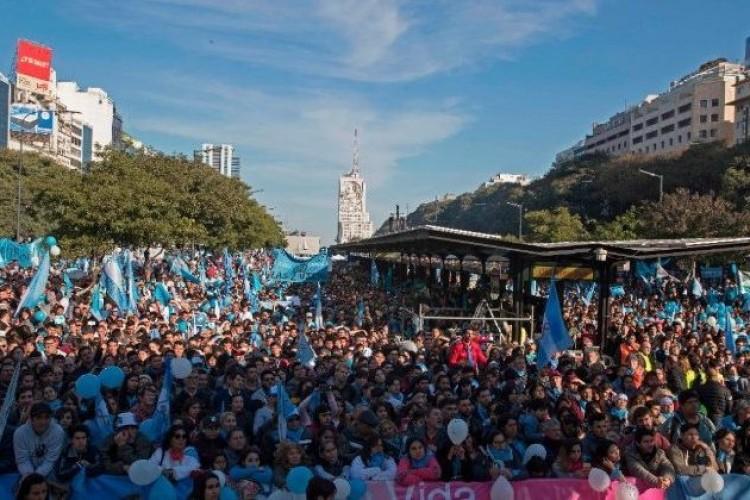 Aborto: o Senado da Argentina rejeita projeto de lei que fazia proposta de legalização