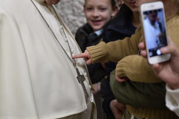 Papa: é pouca a nossa oferta, mas Cristo tem necessidade deste pouco