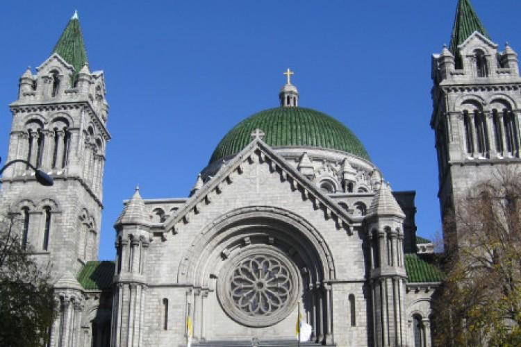 Olhe para o alto! O motivo espiritual das cúpulas das igrejas