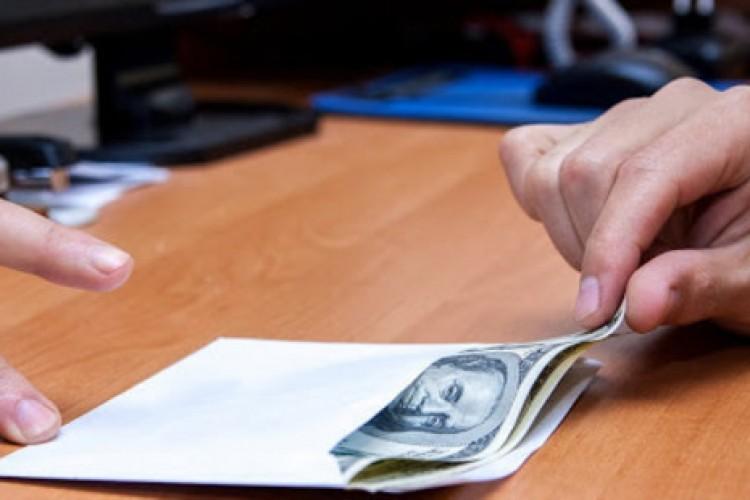 Corrupção: mal baseado na idolatria do dinheiro