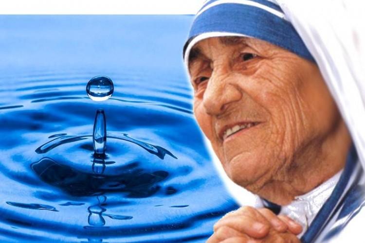 """Mude tudo ao seu redor: adote o """"conselho da gota limpa"""", da Madre Teresa de Calcutá"""