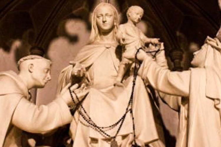A melhor oração mariana para quando você precisa muito de ajuda