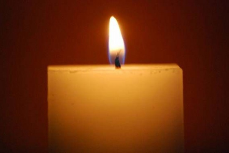 Hoje é o Dia Mundial de Luta Contra a Aids, rezemos por todos os que sofrem com a doença