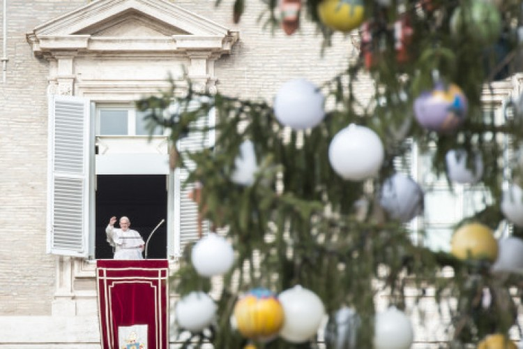 Papa: abrir caminhos de esperança no deserto dos corações áridos